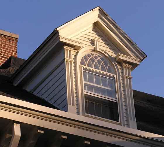 Dormer for Jerkinhead roof construction