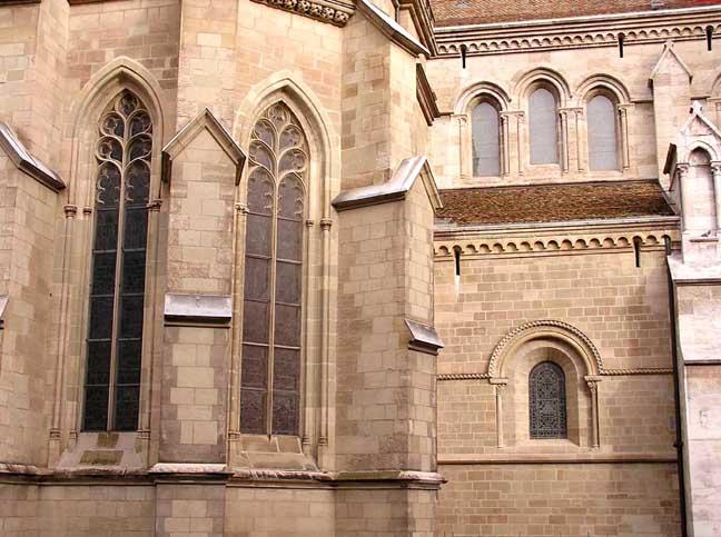 Gothic / Romanesque
