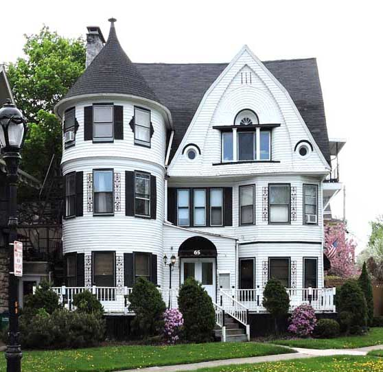 Shingle style for Victorian home plans with turret