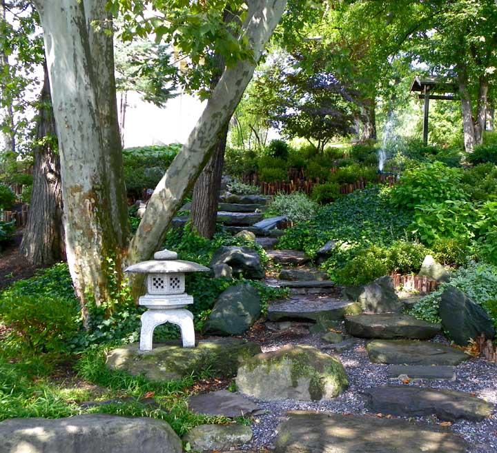Wonderful Buffalo Japanese Garden .