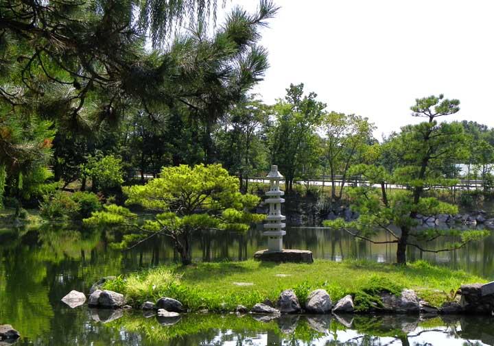 history of the japanese garden reprinted from the 2010 national buffalo garden festival website - Japanese Garden