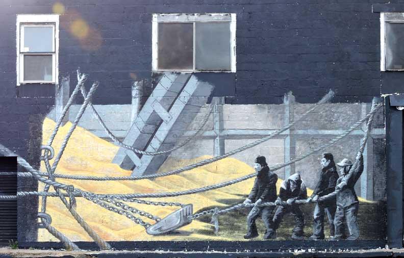 The worker for Bufflon revetement mural