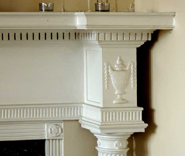 ionic columns and dentil - photo #36