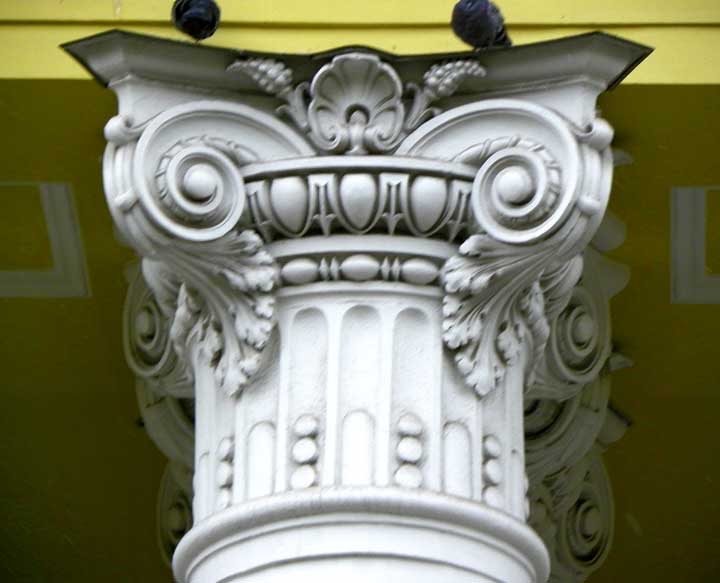 ionic columns and dentil - photo #12