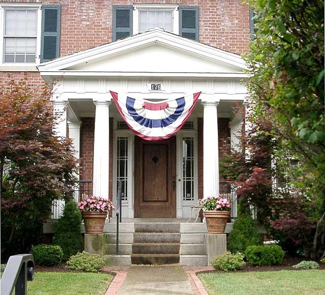 Harry Larkin House
