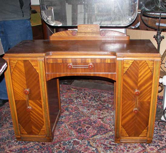Art Deco Furnishings